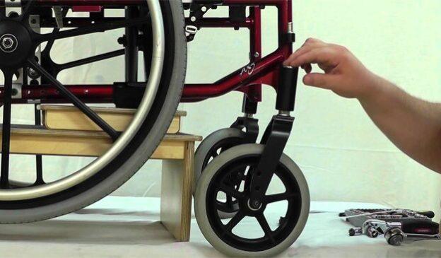 صيانة الكراسي المتحركة